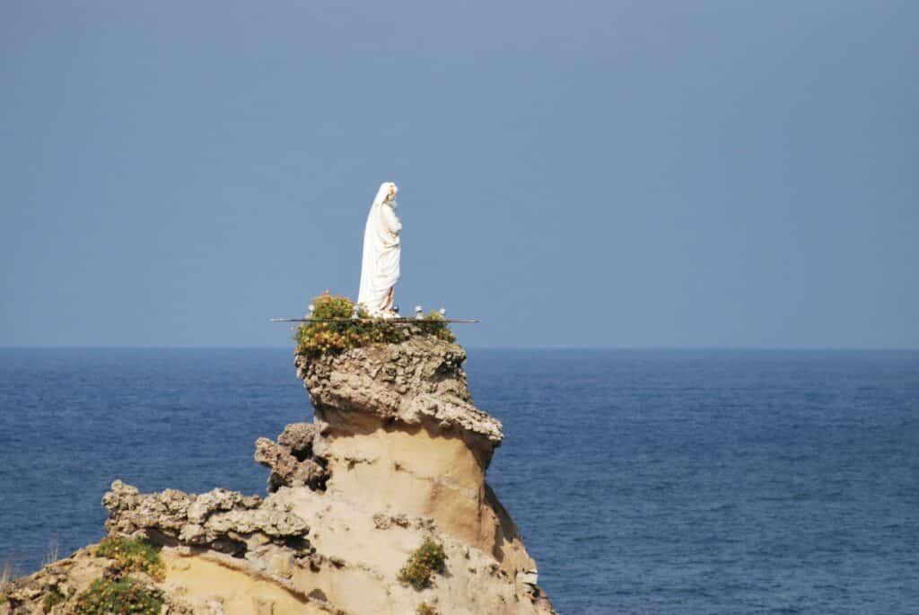 Visite du Rocher de la Vierge