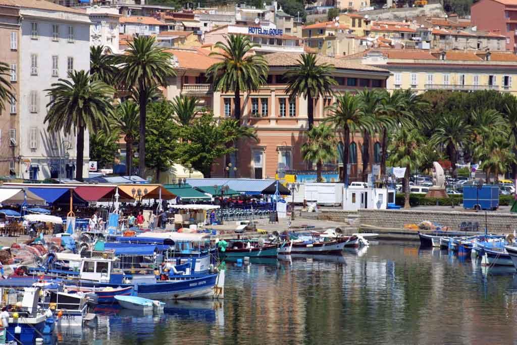 Vacances en Corse à Porticcio dans le golfe d'Ajaccio