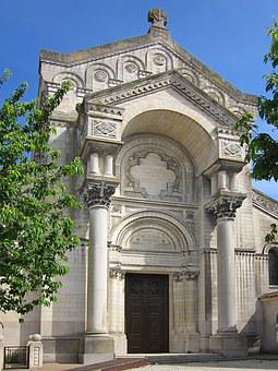 La basilique Saint-Martin