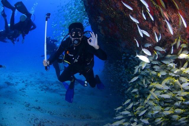 Instructeur de plongée sous-marine