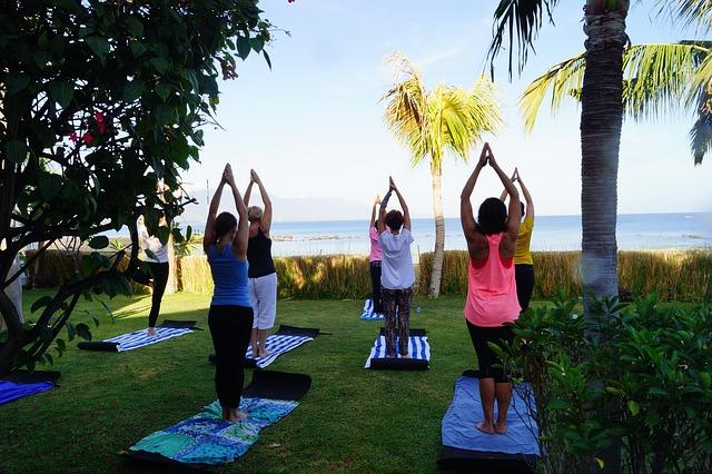 Moniteur de yoga itinérant