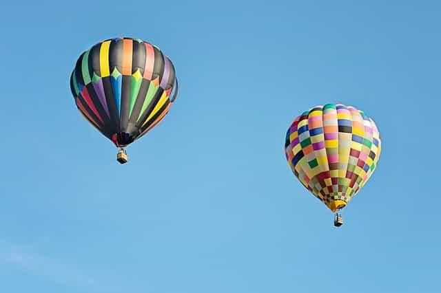 découverte des châteaux de la Loire en montgolfière.