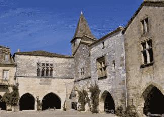 Bastide de Montzapier à Perigord Noir