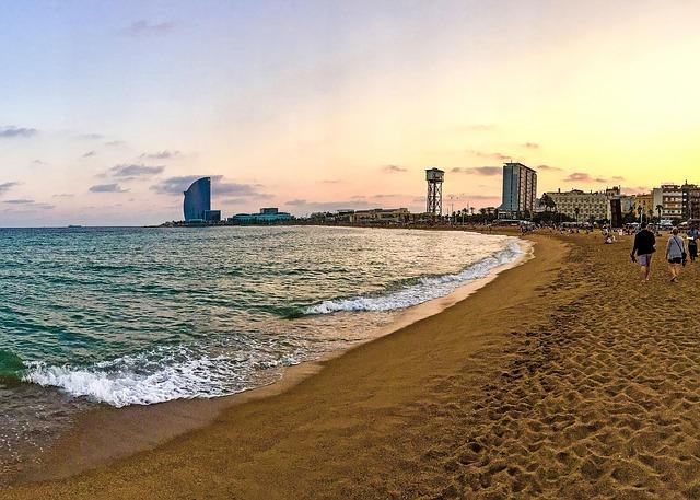 La plage de la ville Barcelone