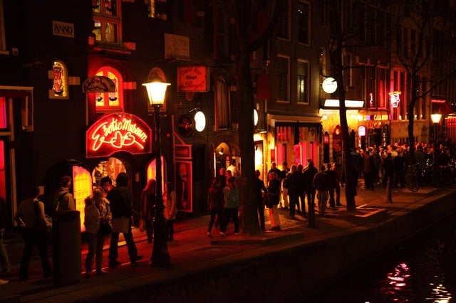 Le Red Light District