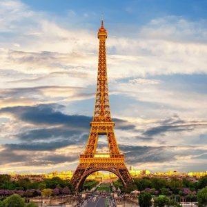Analyse du Tourisme en France (Histoire et Statistiques)