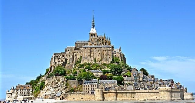 Puis-je Visiter le Mont Saint-Michel Avec Mon Chien ?