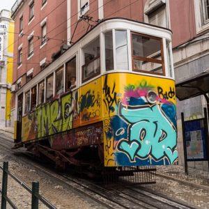 Visiter Lisbonne en Voiture : Ce Que Vous Devez Savoir