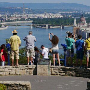 Quel est l'Impact Réel du Tourisme sur l'Economie ? (stats)